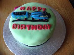 Mallard steam train cake
