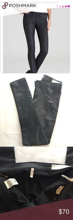 "🍁Sale Today Only🍁Rag & Bone Legging Jean 🍁Columbus Day Sale $60 Firm🍁Rag & Bone Legging. Size 26. Color is ""Shoreditch"". Black. 61% Cotton 34.5% Polyester 4.5% Lycra. 8"" Rise, 10"" Leg Opening,29"" Inseam. Worn. Minor wear in Rear area. {inv35} rag & bone Jeans Skinny"
