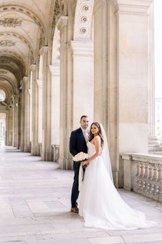 Beautiful Elopement in Paris Modest Wedding Dresses With Sleeves, Country Wedding Dresses, Lace Dress With Sleeves, Bohemian Wedding Dresses, Wedding Dress Trends, Princess Wedding Dresses, Elegant Wedding Dress, Top Wedding Dress Designers, Trumpet