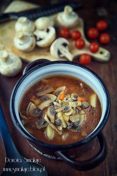 Zupa pieczarkowa z pomidorami