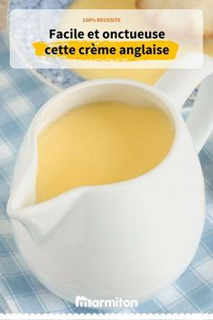 Creamy and easy-to-make English custard to accompany all your cakes Meat Recipes, Cake Recipes, Dessert Recipes, Creme Anglaise Recipe, Cherry Desserts, Thermomix Desserts, Ganache, Custard, Meal Planning