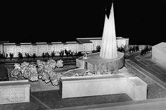1958, makieta kościoła (w kształcie łodzi!), który pierwotnie miał stanąć na osiedlu Teatralnym