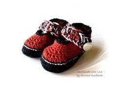 Strick- & Häkelschuhe - Babyschuhe gehäkelt Trachtenschuhe - ein Designerstück von faunora-funflower bei DaWanda
