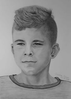 To draw these portrait from my Nephew had to take alot of time and detail. I hope you like it, nice greetings Sascha Schürz:-) Pencil Portrait, Pencil Drawings, Artwork, Facebook, Detail, Link, Check, Photos, Paper