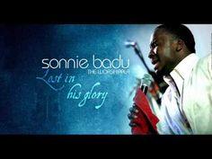 Sonnie Badu - African Medley (+playlist)