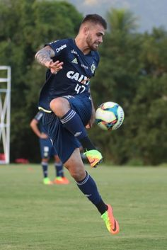Felipe Vizeu agradece carinho dos torcedores do Flamengo nos jogos 6de031892843c