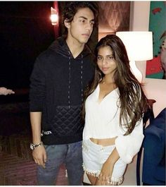 Sanjay Kapoor, Kareena Kapoor Khan, Dance India Dance, Show Dance, Bollywood Couples, Bollywood Celebrities, Shahrukh Khan Family, Celebrity Kids, Summer Chic