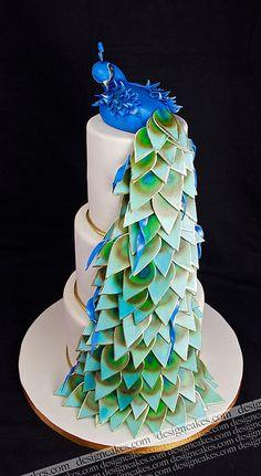 Peacock cake (by Design Cakes) Beautiful Wedding Cakes, Gorgeous Cakes, Pretty Cakes, Cute Cakes, Amazing Cakes, Peacock Cake, Peacock Wedding Cake, Peacock Theme, Cake Wedding