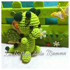 Drago amigurumi. Seguimi su facebook  https://www.facebook.com/La-Bottega-della-Mamma-262207623833688/