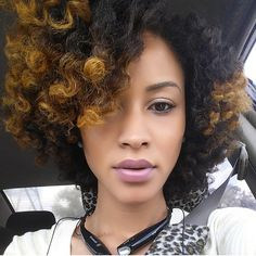 {Grow Lust Worthy Hair FASTER Naturally} ========================= Go To: www.HairTriggerr.com ========================= Her Two Tone Color Is HOT!!
