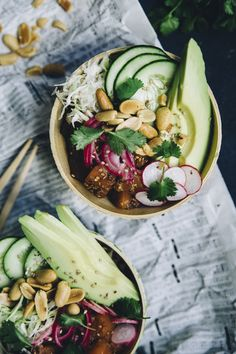 Poke bowl Poke Bowl, Burrito Wrap, Asian Recipes, Healthy Recipes, Good Food, Yummy Food, Summer Recipes, Food Photography, Food And Drink