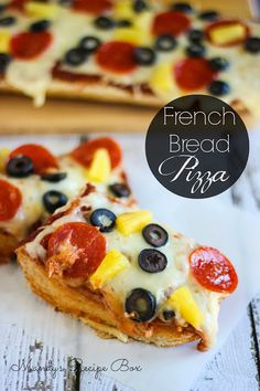 Mandy's Recipe Box: French Bread Pizza