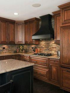 Kitchen Stone Backsplash - My-House-My-Home. Like the idea of the kitchen hood and island matching. Black Kitchens, Cool Kitchens, Kitchen Black, Back Splash Kitchen, Beige Kitchen, Country Kitchens, Country Farmhouse, French Country, Farmhouse Decor