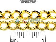 #Cadena en #Acero color #Oro con eslabones de 9x7mm.  Código: ICG97