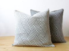 Knit pillow cover set  / wool decorative cushion cover / Geometric pillow cover in off-white and grey  / minimalist home decor by theYarnKitchen on Etsy