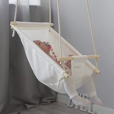 Low Shipping Price Byel Calm Toddler and Baby Gift Swing Baby Nursery Decor, Baby Decor, Baby Life Hacks, Diy Bebe, Baby Swings, Baby Hammock, Hammock Swing, Baby Sewing Projects, Baby Furniture