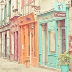 Pastel storefronts color