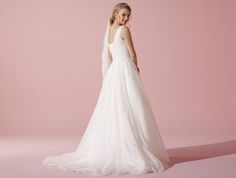 Organdy bridalgown with lace - Lilly