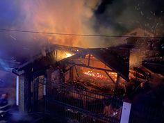 Au avut noroc cu vecinii, altfel ardeau de vii în propria locuință! Un tânăr a fost rănit!
