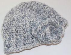Newborn crochet hat in gray with flower / by knitsandwhatknots