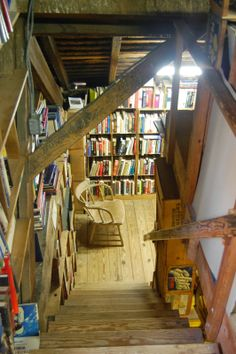 "Baldwin's Book Barn, West Chester, Pennsylvania, USA. It's a five-story antiquarian bookstore housed in a rustic dairy barn built in 1822. William and Lilla Baldwin established their used book business in 1934. They moved to ""The Barn"" in 1946. Today the shop has over 300,000 books in stock."