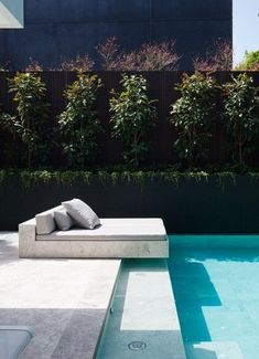 Having a pool sounds awesome especially if you are working with the best backyard pool landscaping ideas there is. How you design a proper backyard with a pool matters. Villa Design, Spa Design, Design Hotel, Modern Design, Outdoor Spaces, Outdoor Living, Outdoor Pool Areas, Moderne Pools, Backyard Pool Landscaping