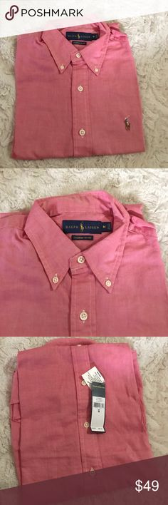 NWT Polo Ralph Lauren Chambray Oxford Sz M Polo Ralph Lauren Short sleeve shirt size Medium Short sleeve. It's 100% authentic I buy all my listing items from a well known department store. Red/White color  Style : Chambray Oxford. Location code: MA Polo by Ralph Lauren Shirts Casual Button Down Shirts