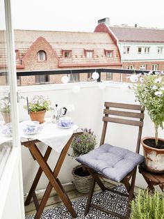 Inside a Charming Studio Apartment With Character | My Domaine