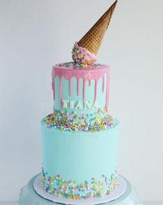 31 Super Ideas For Birthday Cake Kids Girls 1 Year Cake iDeas 🎂 3 Year Old Birthday Cake, Birthday Drip Cake, Toddler Birthday Cakes, 1st Year Cake, 4th Birthday Cakes, Novelty Birthday Cakes, Birthday Ideas, Birday Cake, Cupcake Cakes