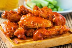 Check out how to make buffalo wings with sauce easy recipe. These buffalo wings are fried and everyone can easily make it with spicy sauce. Salsa Buffalo, Baked Buffalo Wings, Buffalo Chicken, Hot Wing Sauces, Blue Cheese Sauce, Grilled Chicken Wings, Wing Recipes, Pressure Cooker Recipes, Cooking Recipes