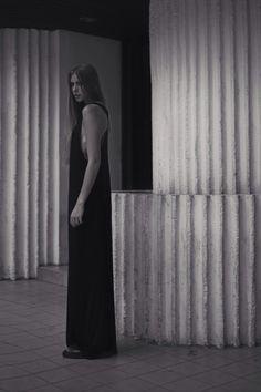 Alia B Pre-Fall 2014  Loose sleeveless maxi dress in knit fabric with racerback.