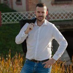 6 kedvelés, 0 hozzászólás – Molnár Ferenc (@ferifodzsi) az Instagramon Chef Jackets, Instagram, Fashion, Moda, Fashion Styles, Fashion Illustrations