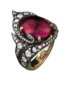 Gilan Heritage Tulip ring from Colors of Emotion Collection