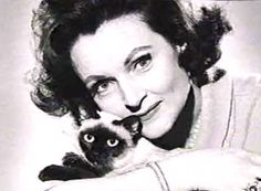 Celebrities with Cats: Betty White Betty White, Siamese Cats, Cats And Kittens, Siamese Dream, Crazy Cat Lady, Crazy Cats, I Love Cats, Cool Cats, Celebrities With Cats