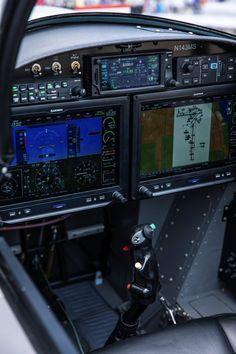 Airplane Interior, Big Bird, Spacecraft, Planes, Rv, Aircraft, Birds, Lifestyle, Airplanes