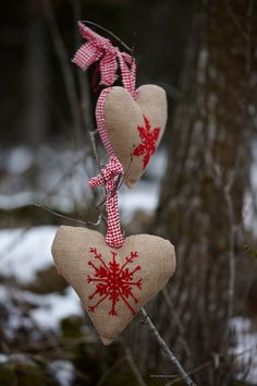 CHRISTMAS HEARTS Scandiavian  red cross stitch by anetteeriksson, $5.00