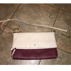 Tory Burch Foldover Crossbody Bag Purse Berry Oak No Trades, freshly cleaned, polished, and gently used, shows little minor wear on hardware, around mouth of purse and little on flap and strap, can hardly notice, lot number wrote inside pocket to prevent retail returns, Richly pebbled leather is shaped into a fold-over crossbody bag finished with a tiny, polished logo medallion and an optional chain strap. Top zip closure. Optional, adjustable crossbody strap. Tory Burch Bags Crossbody Bags