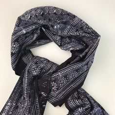 Indigo Linen Scarf - Hand-dyed                      – Tay Tạo Indigo Dye, Traditional Design, Cushion Covers, Alexander Mcqueen Scarf, Hand Weaving, Womens Fashion, Fabric, How To Wear, Collection