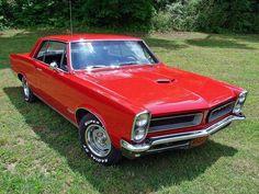 '65 Goat Sexy Cars, Hot Cars, 1965 Gto, Pontiac Cars, Pontiac Grand Prix, Cool Sports Cars, Chrysler Jeep, Car Storage, Car Advertising