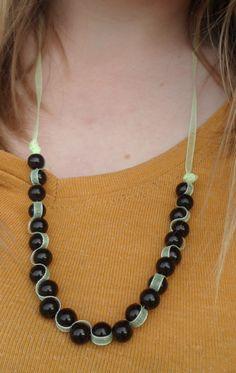 Ribon necklace