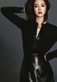 [K-Profie] Song Ji Hyo >> Name: Song Ji-Hyo >> Real Name: Cheon Seong Im >> Born: Pohang. August 15, 1981 >> Height: 168cm >> Blood Type: A >> Occupation: Actress, television personality >> Years active: 2001-present >> Agent: C-Jes Entertainment  Cr: wikipedia, asianwiki, edited by: @koreabasecamp (IG)  #jihyo #songjihyo #korea #korean #songjihyoprofile #artiskorea #kpop #dramakorea #model #koreanmodel #modelkorea #koreanactress #aktor #actress #runningman #mondaycouple #ace #missmong…
