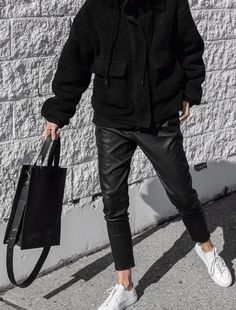 Black on black - Cosy coat and Stretch leather boyfriend pants. An outfit that's made to be on repeat. Click through to the Hilo website to receive 10% off your 1st order when you subscribe to our newsletter. via @melo_and_co #leatherpants #hilowoman #outfitgoals #blackonblack #gotostyle #buylesschoosewell #outfitinspo #minimalistfashion #wardrobeessentials