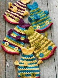Cute fish hat to crochet. Lovely stitch pattern to add depth to the design.