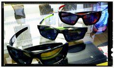 OAKLEY sunglasses en Bellini fun boats!!!