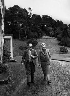 Agatha Christie and hubby, archaeologist Max Mallowan, walk on the grounds of Greenway.