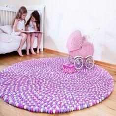 Kräftige Farben zum Kinderzimmer, ist das nicht eine gute Idee? Auf http://Sukhi.de findest Du zahlreiche Inspirationsanreize, die dir bei der EIrichtung deiner Wohnung beihilflich sein können. Erfahre mehr auf folgendem Link: http://www.sukhi.de/inspiration