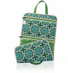 Verde Bonita Hanging Cosmetic Bag