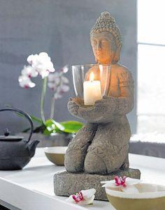 Zwei Kunstvolle Buddha Figuren In Silber Und Schwarz Geschmckt