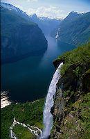 Norway central highland Gairanger fjord 1663.jpg | Skyum World Travel Images