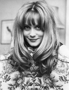 Dá uma olhada na atriz francesa Françoise Dorléac e me diz que as olheiras não são legais!   19 pessoas que provam que olheiras podem ser muito sexy